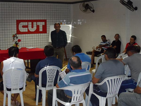 Reunião no Sindicato dos Comerciários de Mossoró (11/9) sobre ataques da Interfort.